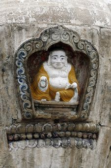 Free Exquisite Statue Of Buddha Royalty Free Stock Photography - 5333817