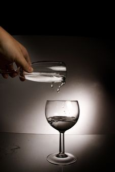 Free Water To Glass Royalty Free Stock Photography - 5334417