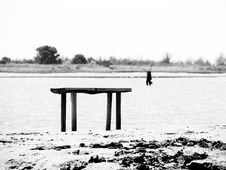 Free Seaside Black And White Scene Royalty Free Stock Images - 5335729
