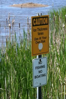 Free Warning Signs In Marsh Stock Photography - 5337352