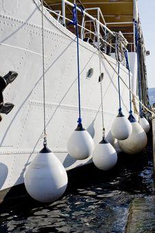 Free White Ship Stock Photos - 5339063