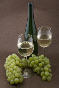 Free White Wine With Bottle, Glasses And Grapes Stock Image - 5341731