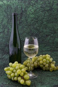 Free White Wine With Bottle, Glasses And Grapes Royalty Free Stock Image - 5341756
