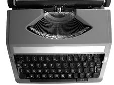 Free Vintage Typewriter Stock Photography - 5341772