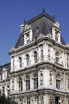 Free Typical Old French Building Facade, Paris, France Stock Photography - 5341922