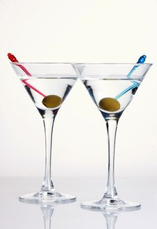 Free Martini With Olive Royalty Free Stock Photos - 5342938