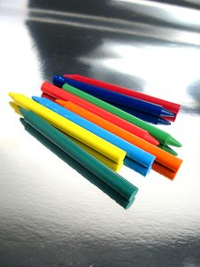 Free Shine Crayons Royalty Free Stock Photos - 5350598