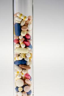 Free Pills Royalty Free Stock Photos - 5351438