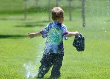 Free Young Child In Water Stock Images - 5352204