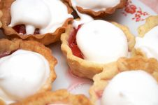 Free Strawberry Pastry Stock Image - 5352931