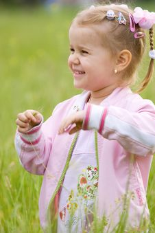 Free Happy Little Girl Royalty Free Stock Photography - 5354147