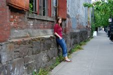 Free Teen Leaning Against Wall Stock Photography - 5354822