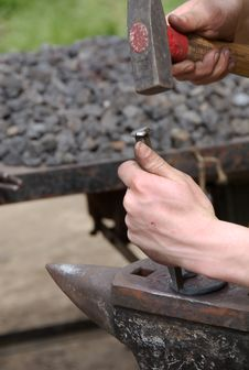 Free Blacksmith Making Horseshoes Stock Photography - 5364232