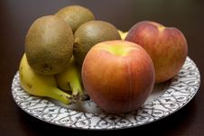 Free Plate Of Fruit Royalty Free Stock Images - 5365559