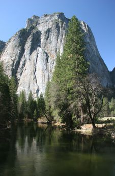 Free El Capitan Scenic Stock Photography - 5367142