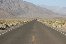 Free Road In Death Valley National Park Stock Photography - 5367362