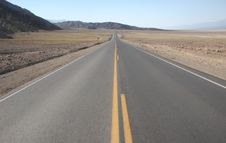 Free Road In Death Valley National Park Stock Photos - 5367363
