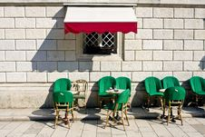 Free Bar On The Street Royalty Free Stock Photography - 5369597