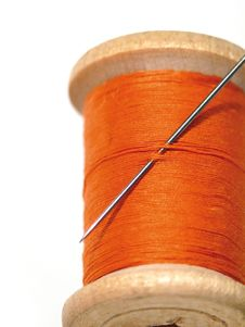 Free Sewing Spool With A Needle. A Sewing Needle. Royalty Free Stock Photos - 5371748