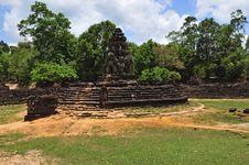 Free Cambodia Angkor Prasat Neak Pean Royalty Free Stock Photo - 5371775