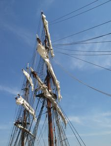 Free Mast And Sails Royalty Free Stock Photography - 5372047