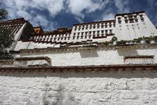 Free Potala Temple Royalty Free Stock Photo - 5373225