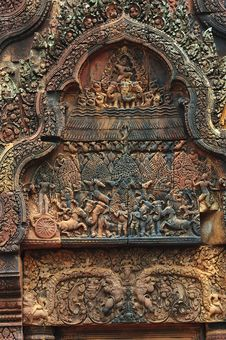 Free Cambodia Angkor Banteay Srey Carved Pediment Royalty Free Stock Photo - 5373665