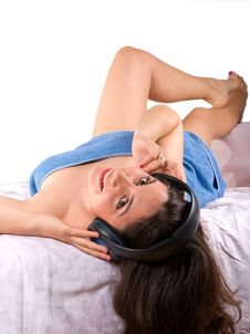 Free Pretty Girl Relaxing And Listening Music Stock Image - 5373951