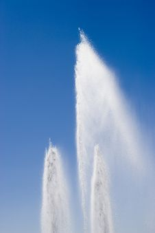 Free Water Fountain Royalty Free Stock Image - 5374236