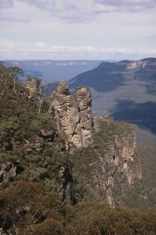 Free The Three Sisters Rock Formation Stock Photo - 5377020
