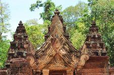 Free Cambodia Angkor Banteay Srey  Carved Gopura Stock Photography - 5377382
