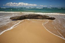 Free Waves On An Inviting Shore - Abstract Stock Photo - 5382820