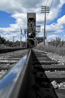 Free The Railroad Bridge Royalty Free Stock Photos - 5383328