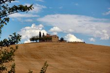 Free Val D  Orcia Royalty Free Stock Photo - 5383445