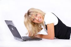 Free Woman And Laptop Royalty Free Stock Photography - 5383957