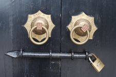 Free Door Knocker Royalty Free Stock Photos - 5386118