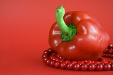 Free Red Paprika And Beads Stock Photography - 5389252