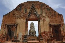 Free Thailand Ayutthaya Wat Ratburana Or Ratchaburana Royalty Free Stock Photo - 5389395