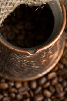 Free Cezve With Freshly Roasted Coffee Beans Stock Images - 5391884