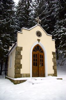 Free Forested Chapel Stock Images - 5395324
