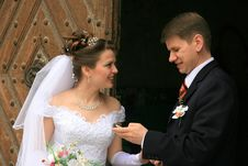 Free Couple Waiting Royalty Free Stock Photo - 5399015