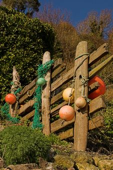 Free Driftwood Fence With Floats Stock Photo - 540050