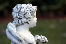 Free Concrete Cherub Royalty Free Stock Photos - 540308