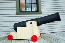 Free Toy Cannon Stock Image - 541541