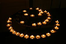 Free Candles In The Darkness Royalty Free Stock Image - 549256