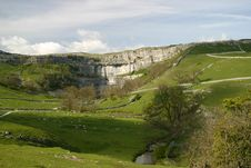 Free Malham Cove In Yorkshire Dales National Park Royalty Free Stock Images - 549849