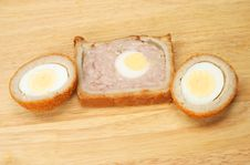 Free Gala Pie And Scotch Eggs Stock Images - 5400064