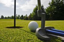 Free Pitch And Putt Royalty Free Stock Images - 5404149