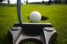 Free Pitch And Putt Royalty Free Stock Photos - 5404158