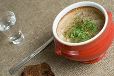 Free Soup In A Pot Royalty Free Stock Photo - 5405795